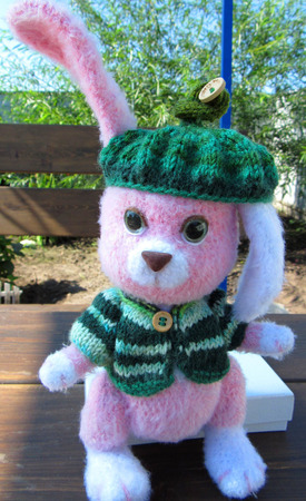 Зайка розовый с зелёными глазами ручной работы на заказ