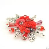 """Брошь с цветами и листьями """"Ключи от моего сердца"""""""