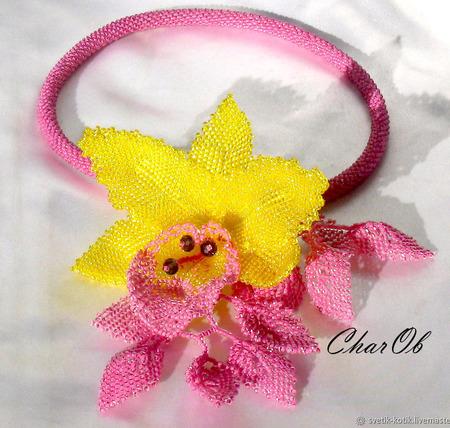 """Колье """"Орхидея"""" лимонно-брусничная ручной работы на заказ"""