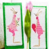 """Закладка для книг """"Зайцы Побегайцы"""" с ручной вышивкой крестом"""