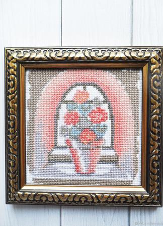 """Вышитая крестом картина """"Цветы у окна"""" ручной работы на заказ"""