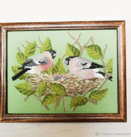 """Картина в раме """"Лучшее время весны"""" с ручной вышивкой крестом ручной работы на заказ"""