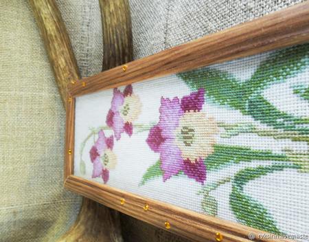 """Вышитая крестиком картина """"Орхидеи"""" ручной работы на заказ"""