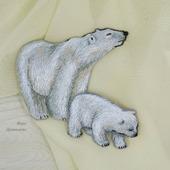 """Вышитые броши """"Белые медведи, Умка и его мама"""""""