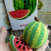 Арбуз из набора фрукты, овощи и ягоды