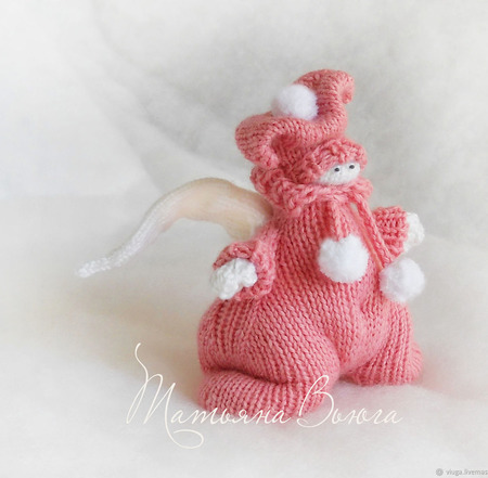 Игрушка интерьерная вязаная спицами - Ангел в ярко-розовом ручной работы на заказ