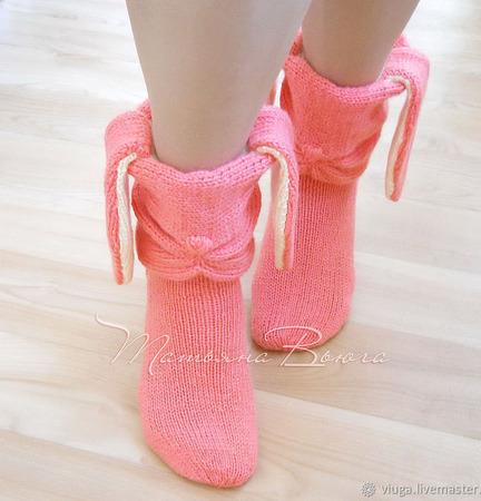 "Носки вязаные, шерстяные ""Розовый заяц"" ручной работы на заказ"