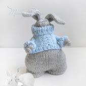 Игрушка зайка, интерьерная, авторская, вязаная спицами - Толстяк Робин
