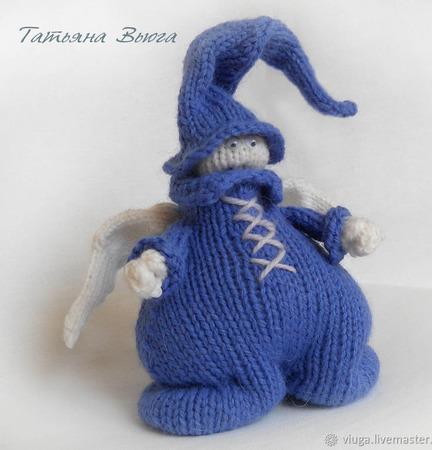 Ангел в синем. Игрушка интерьерная, авторская, вязаная спицами ручной работы на заказ