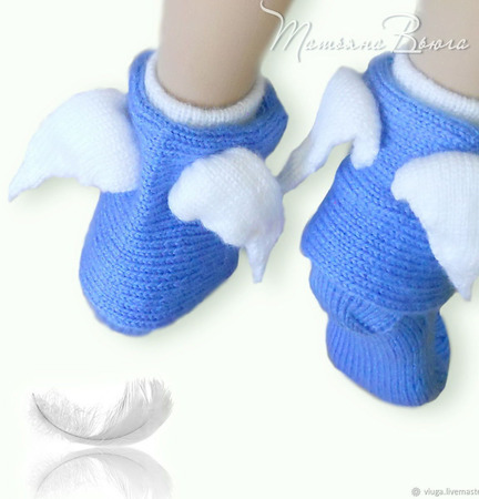 Ангел с крылышками. Носки вязаные спицами, шерстяные ручной работы на заказ
