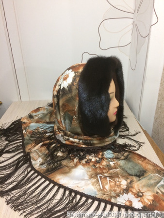 Платок-шапка-капюшон с мехом норки ручной работы на заказ