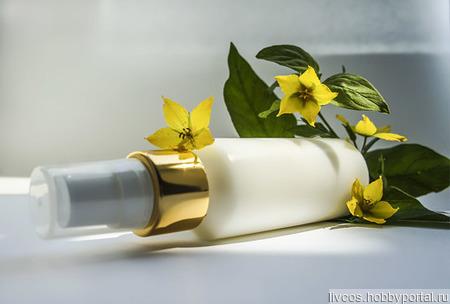 Дневной/ночной крем-антиоксидант с экстрактом зеленого чая и мацератом сирени ручной работы на заказ