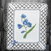"""Декоративная салфетка """"Синие цветы Колокольчики"""" с ручной вышивкой"""