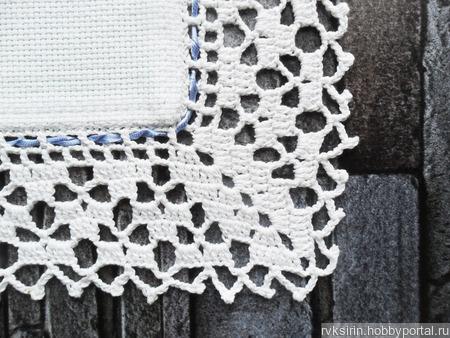 """Декоративная салфетка """"Синие цветы Колокольчики"""" с ручной вышивкой ручной работы на заказ"""