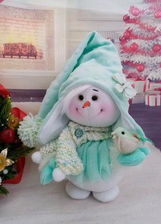 Снеговик девочка ручной работы на заказ