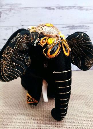 Чёрный слон ручной работы на заказ