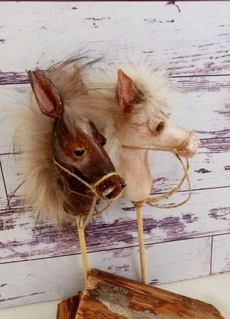 Лошадки на палочке ручной работы на заказ