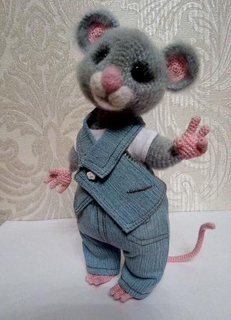 Мышка вязаная ручной работы на заказ