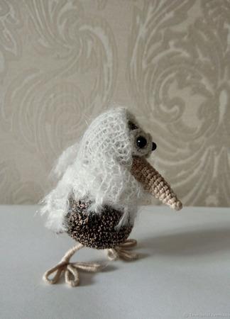 Игрушка ручной работы - ворона в шали ручной работы на заказ