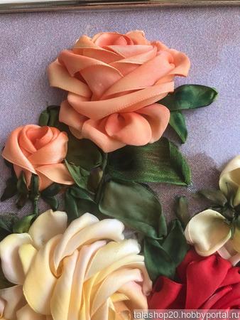 Картина «Очарование розы» вышита лентами ручной работы на заказ