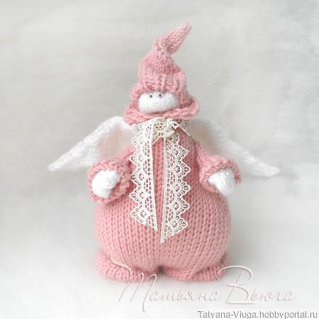 Ангел в розовом. Игрушка авторская интерьерная вязаная спицами ручной работы на заказ