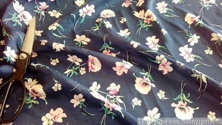 Вискоза блузочно-плательная ручной работы на заказ