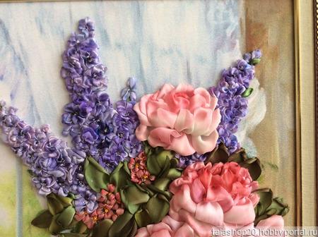 Картина «Букет в вазе» вышитая лентами ручной работы на заказ