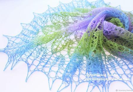 Мини-шаль паутинка из шерсти Кауни Веснянка ручной работы на заказ