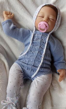 Вязаный бодик для новорожденного ручной работы на заказ