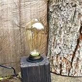 Настольная лампа Куб из дерева в стиле Кантри