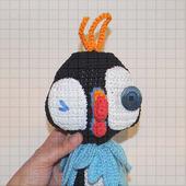 Вязаная мягкая игрушка «Птица тупик»