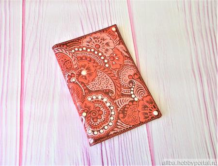 """Обложка на паспорт """"Красное мехенди"""" ручной работы на заказ"""