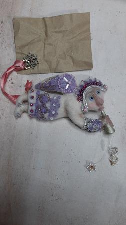Валяная брошь: Снежный Ангел ручной работы на заказ