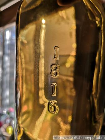 Бутылка стеклянная коричнево-оливковая ISLA 1816 ручной работы на заказ