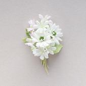 Букет белых цветов из ткани, светлая брошь из хлопка