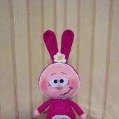 Вязаная игрушка Боння - Вишнёвый зайка