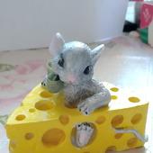 """Молд """"Мышка в сыре"""""""