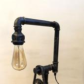 Светильник Loft/стимпанк из водопроводных труб с часами из шестерен