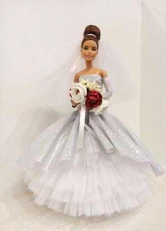 Свадебное платье для куклы ручной работы на заказ