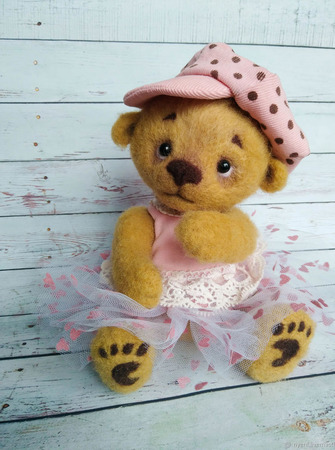 Валяная медвежка Мишель ручной работы на заказ