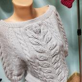 Пуловер с лентой на спине