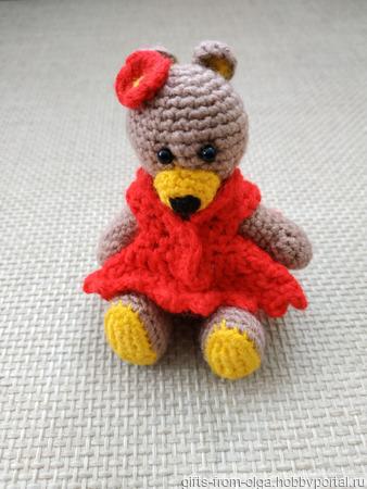 Мишка в красном платье ручной работы на заказ