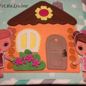 Домик-книжка для двух куколок