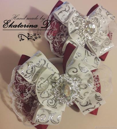 Резинки школьные бело-бордовые ручной работы на заказ