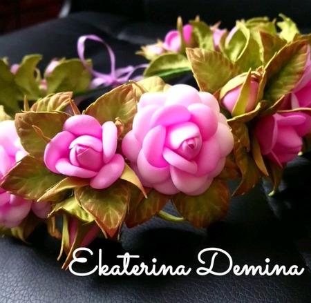 Веночек с розами ручной работы на заказ