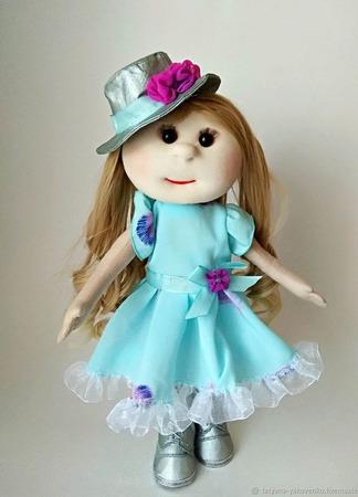 Кукла с серебряной жакете и бирюзовом платье ручной работы на заказ