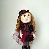 Текстильная кукла в бордовом платье с органзой