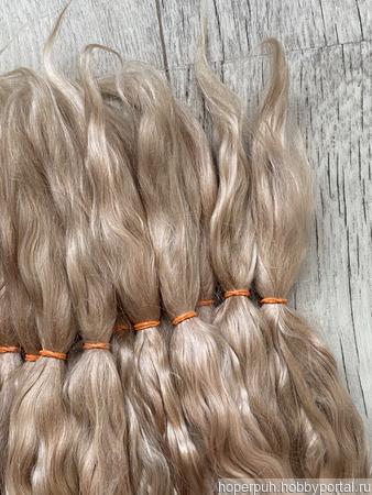 Окрашенные волосы для кукол: золотисто-русый (кудри, локоны) ручной работы на заказ