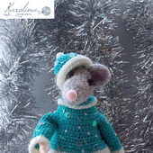 Крыска в костюме Снегурки