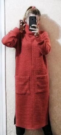 Теплое платье с высоким воротом ручной работы на заказ